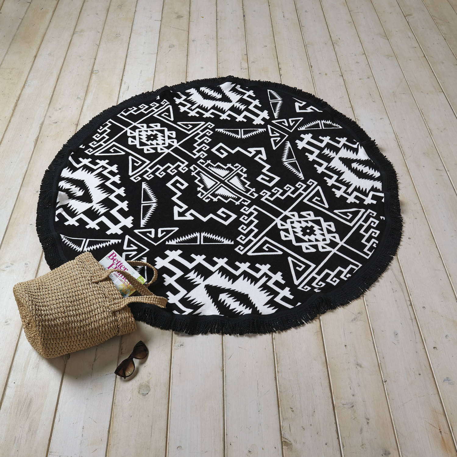 Better Homes And Gardens Black And White Printed Round Beach Towel