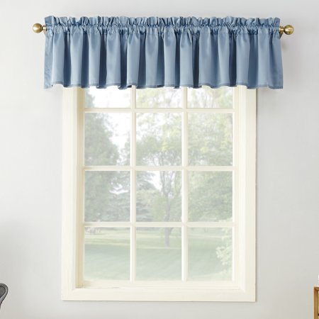 Sun Zero Kylee Rod Pocket Room Darkening Window Valance ()