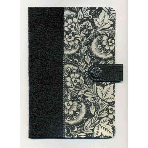 Holy Bible: New King James Version, Ultraslim, Black & White Leathersoft/Fabric