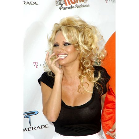 Pamela Anderson At Arrivals For Comedy Central Celebrity Roast Of Pamela Anderson Sony Studios Los Angeles Ca August 07 2005 Photo By Michael GermanaEverett Collection Celebrity - Halloween Anderson Ca