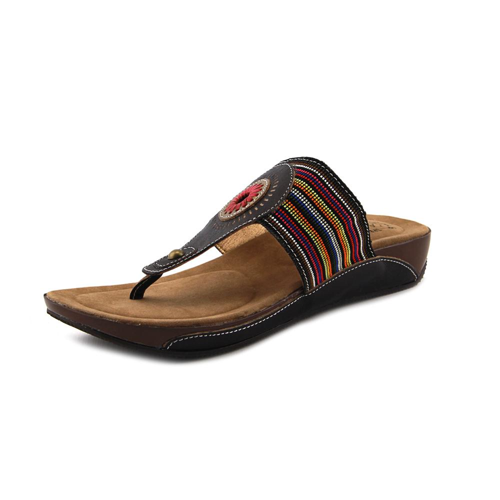 L'Artiste by Spring Step Chuckles Women Open Toe Canvas Black Thong Sandal by L'Artiste by Spring Step