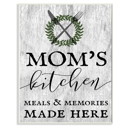 The Stupell Home Decor Collection Moms Kitchen Meals and Memories Wall (Moms Kitchen Wall)