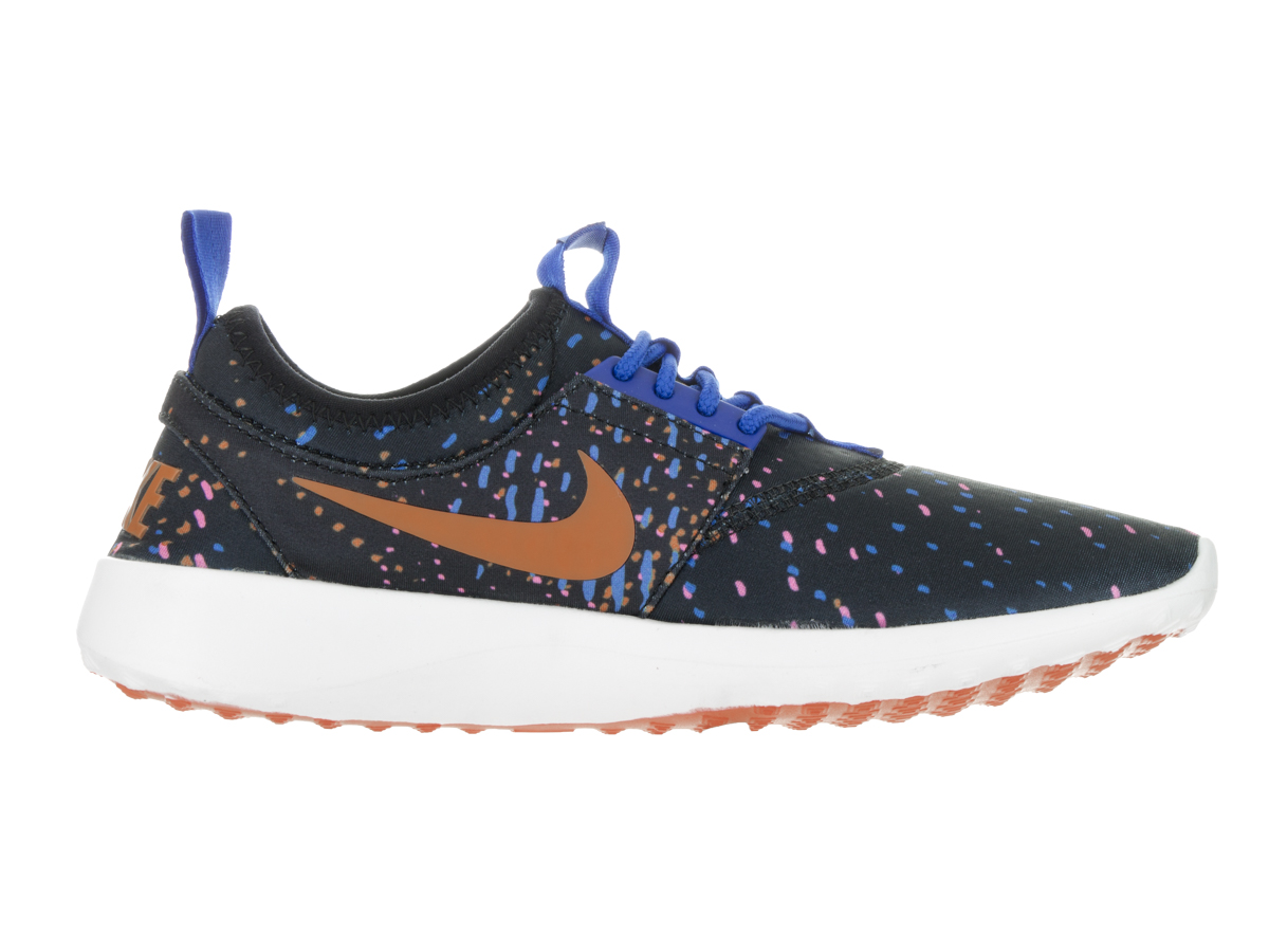 Nike Women's Juvenate Print Casual Shoe