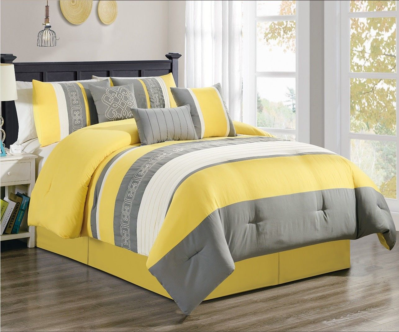 Manar 7-Piece Comforter Set Yellow & Gray Embroidered
