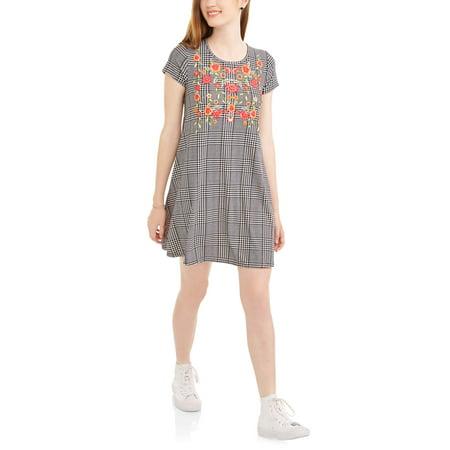 Derek Heart Juniors' Yummy Jersey Trapeze Dress with Cap Sleeves and Puff Print - Jersey Puff Sleeve Dress