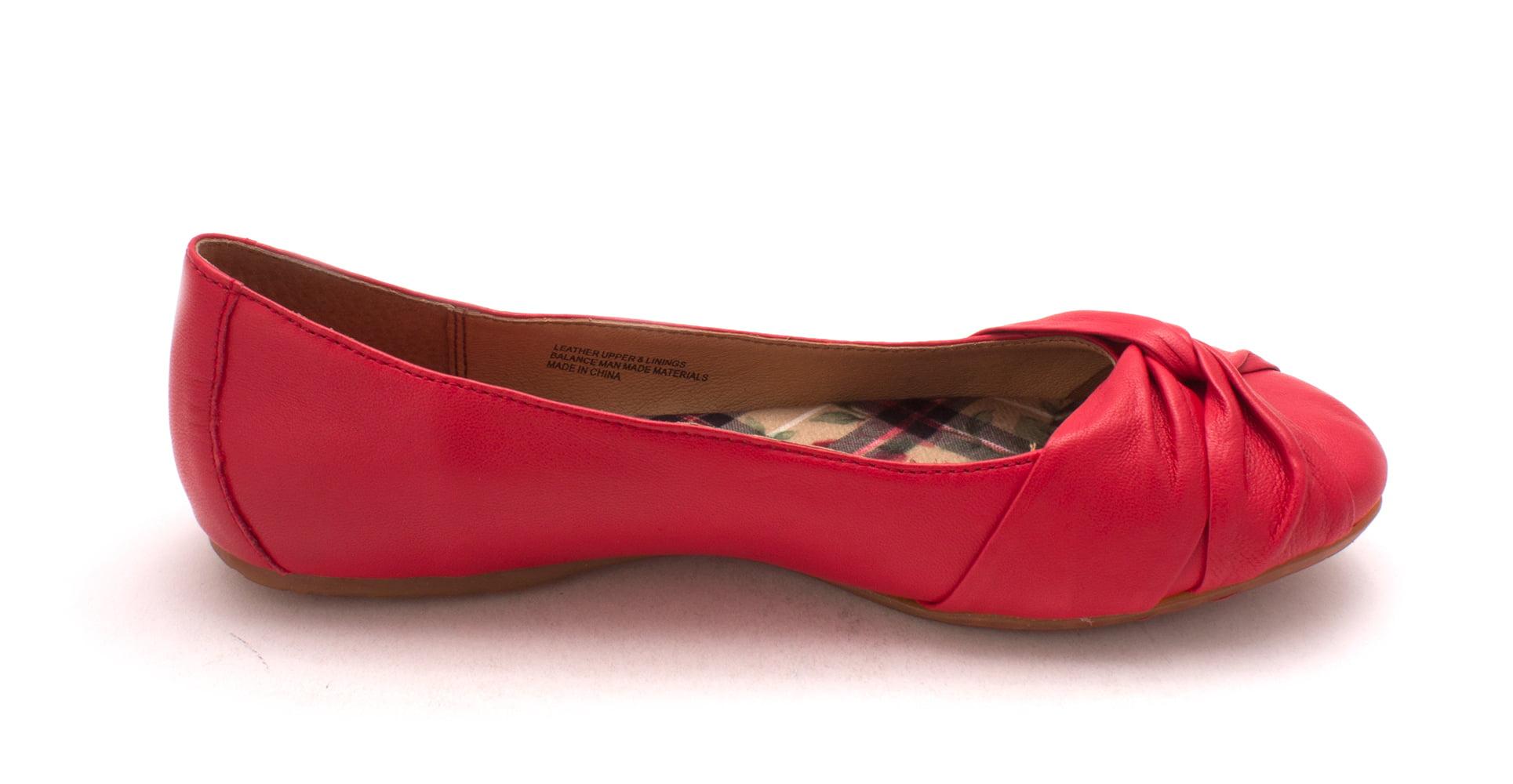 B.O.C Womens liily Closed Toe Slide Flats