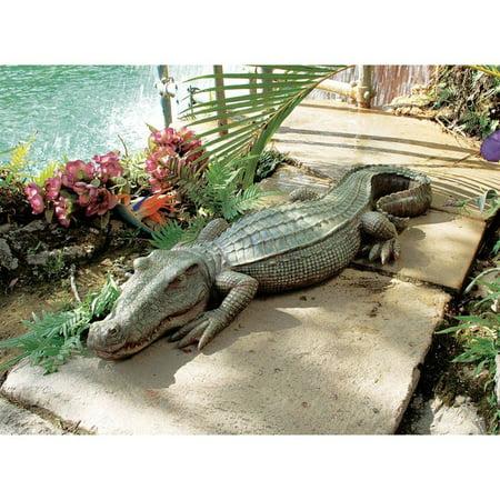 Design Toscano The Swamp Beast Crocodile Garden Statue