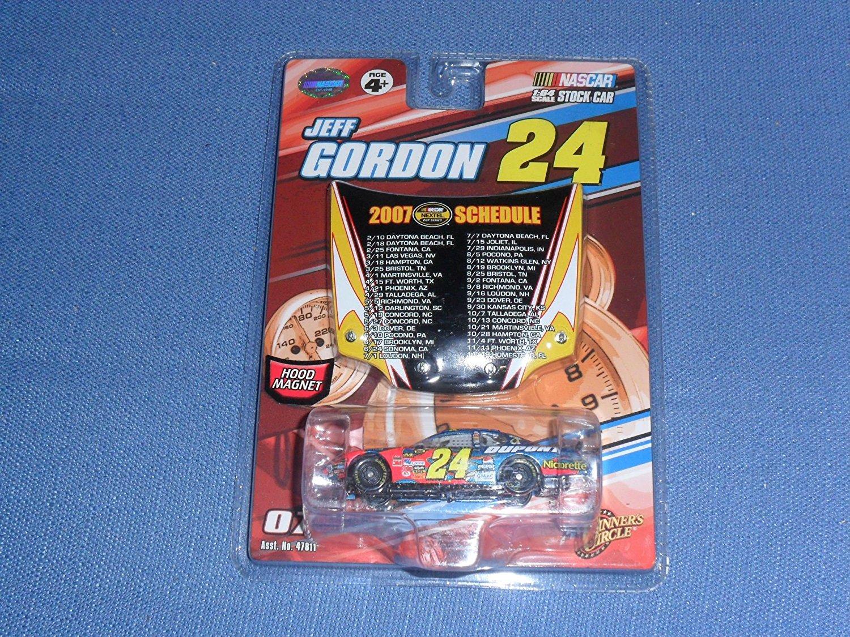 2007 Winner's Circle . . . Jeff Gordon #24 Dupont Chevy Monte Carlo 1 64 Diecast . . .... by