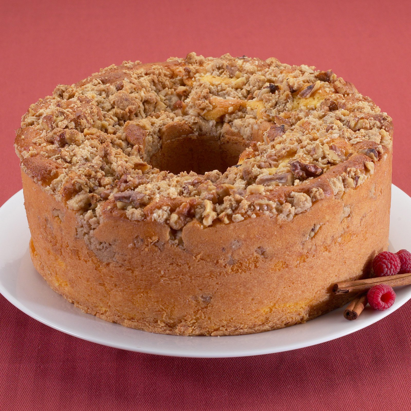 Nordic Ware Pro Form Bakeware Nonstick Metal Coffee Cake Pan