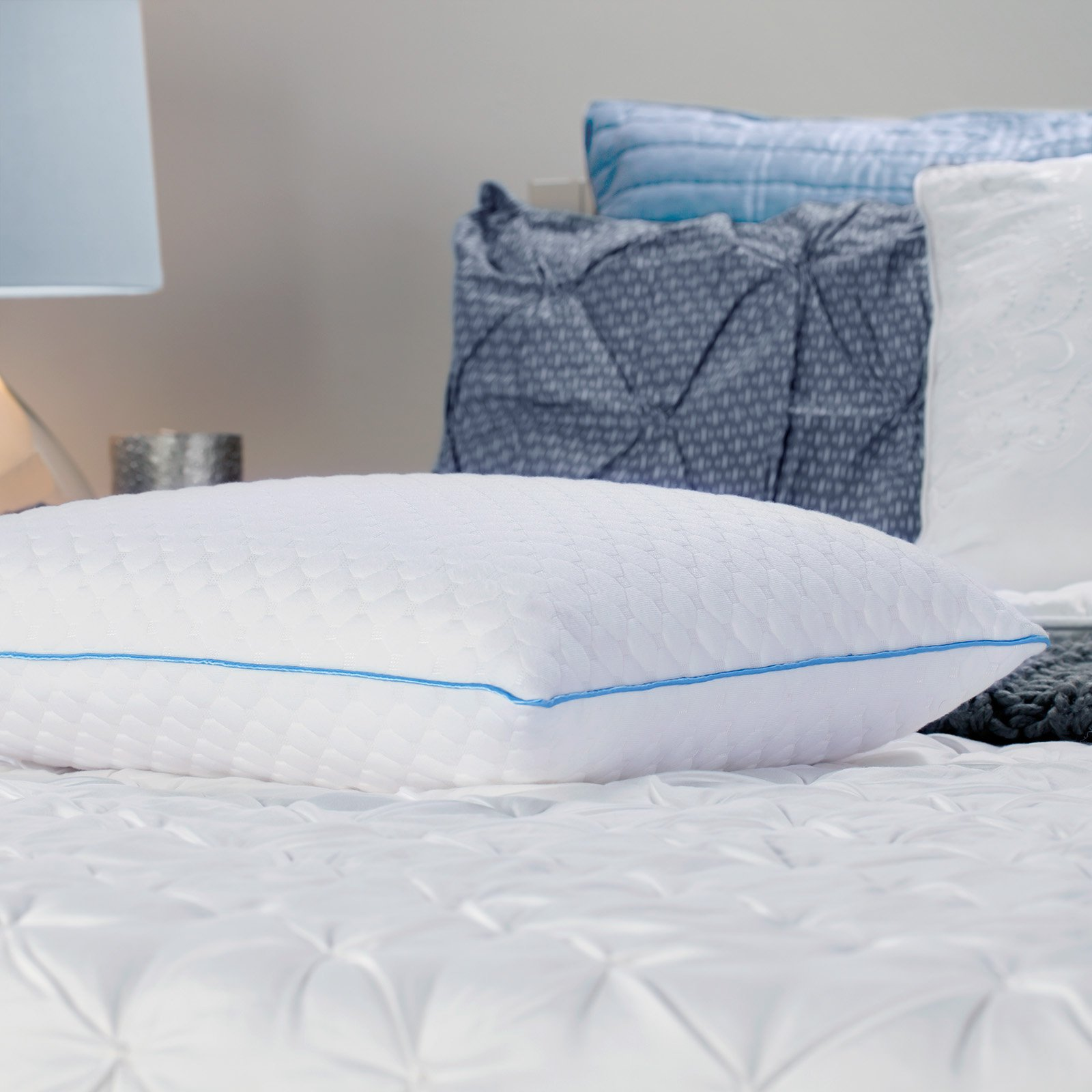 ultraluxe comfort logo products cover pillow white gel foam memory revolution comforter pillows no open