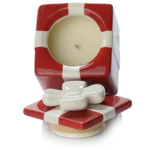Tag Red & White Presents Filled Wax Candles