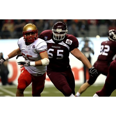 Canvas Print Offensive Lineman Football Canadian University Stretched Canvas 10 x