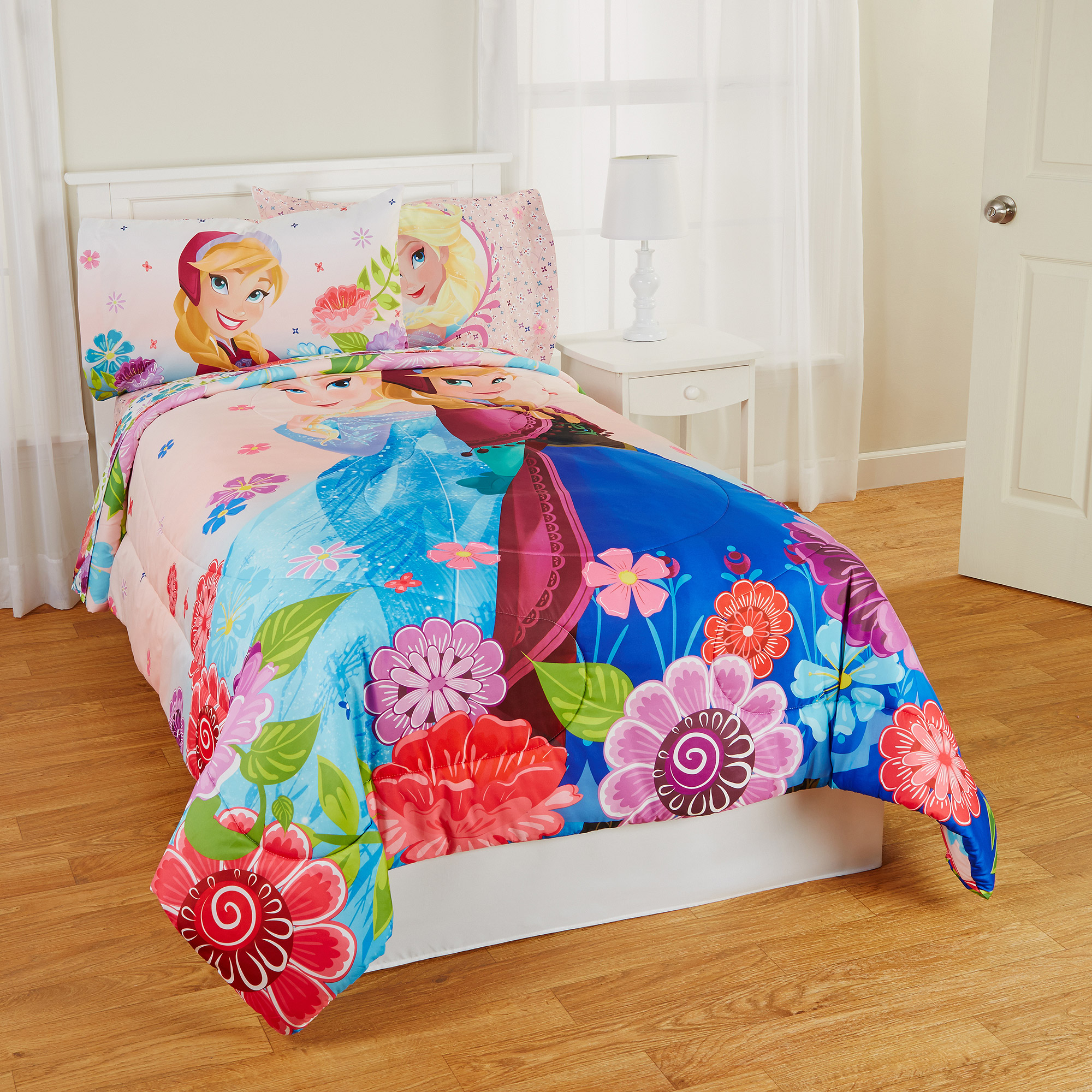 Frozen Floral Breeze Twin/Full Reversible Bedding Comforter, Pink