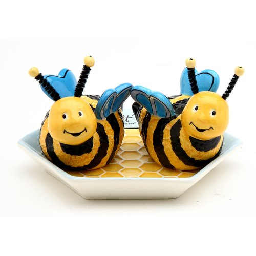 Cosmos Gifts Bee Hive with Plate Salt and Pepper Set
