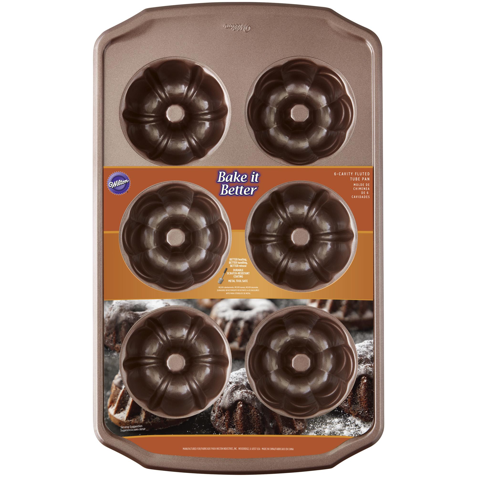 Wilton Bib 6cavity Mini Fluted Chocolate