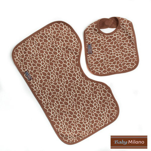 Baby Milano Bib and Burp Cloth Set in Giraffe Print