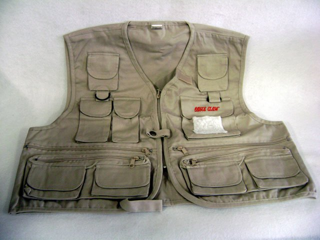 Eagle Claw Fishing Vest Adult Xxlg by Eagle Claw