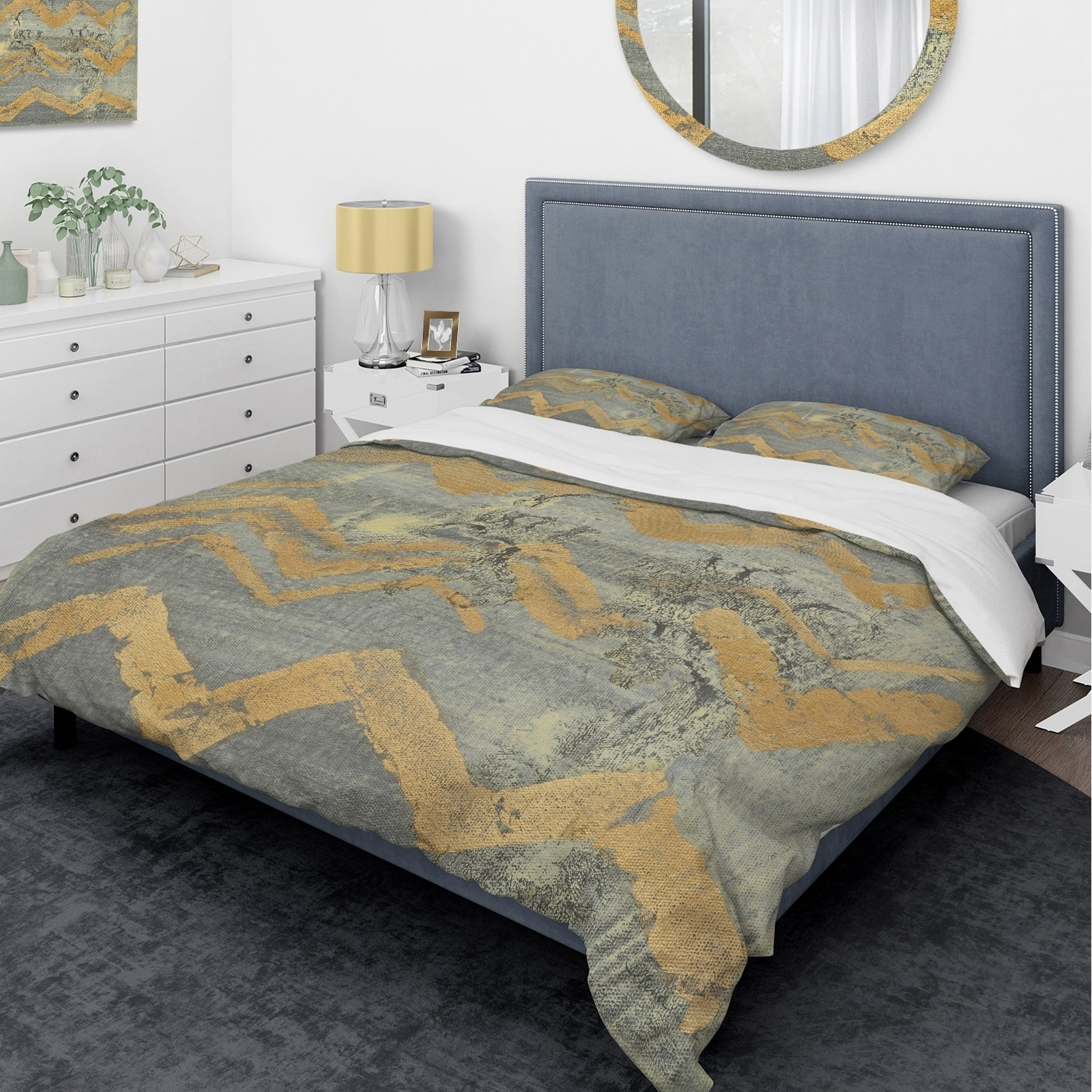 DESIGN ART Designart 'Glam Metallic Form III' Glam Bedding Set - Duvet Cover & Shams