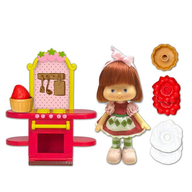 Strawberry Shortcake Retro Berry Bake Shoppe Bitty Shop Playset S Classic Kitchen By The Bridge Direct Walmart Com