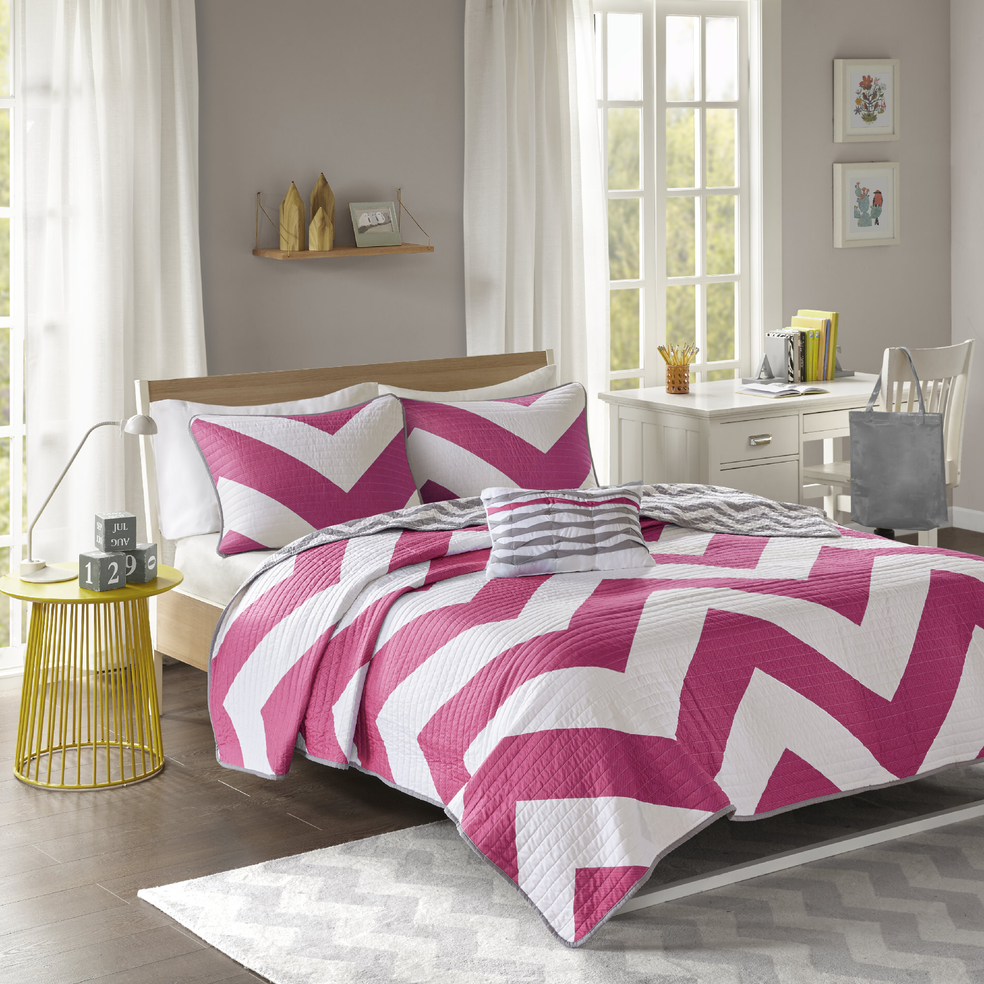 Home Essence Teen Leo Ultra Soft Reversible Coverlet Set