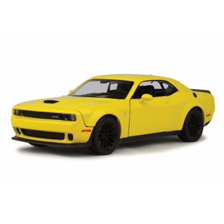 2018 Dodge Challenger SRT Hellcat Widebody, Bright Yellow - Motor Max 79350YL - 1/24 Scale Diecast Model Toy Car Dodge Challenger Super Stock
