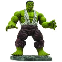Diamond Select Toys Marvel Select Savage Hulk Action Figure