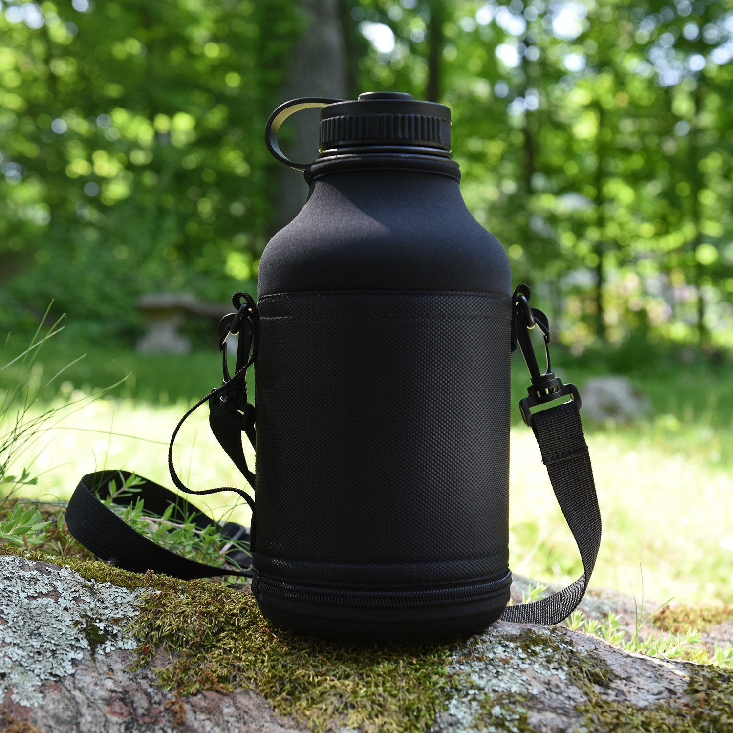 Ivation 64 oz. Insulated Water Bottle & Beer Growler ...