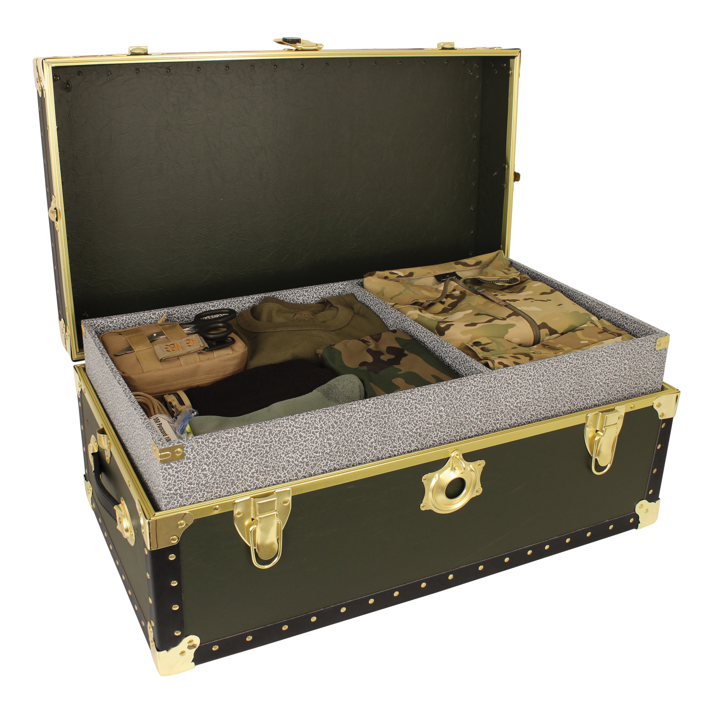 Seward Trunk 31 Inch Classic Collection Footlocker Trunk Olive