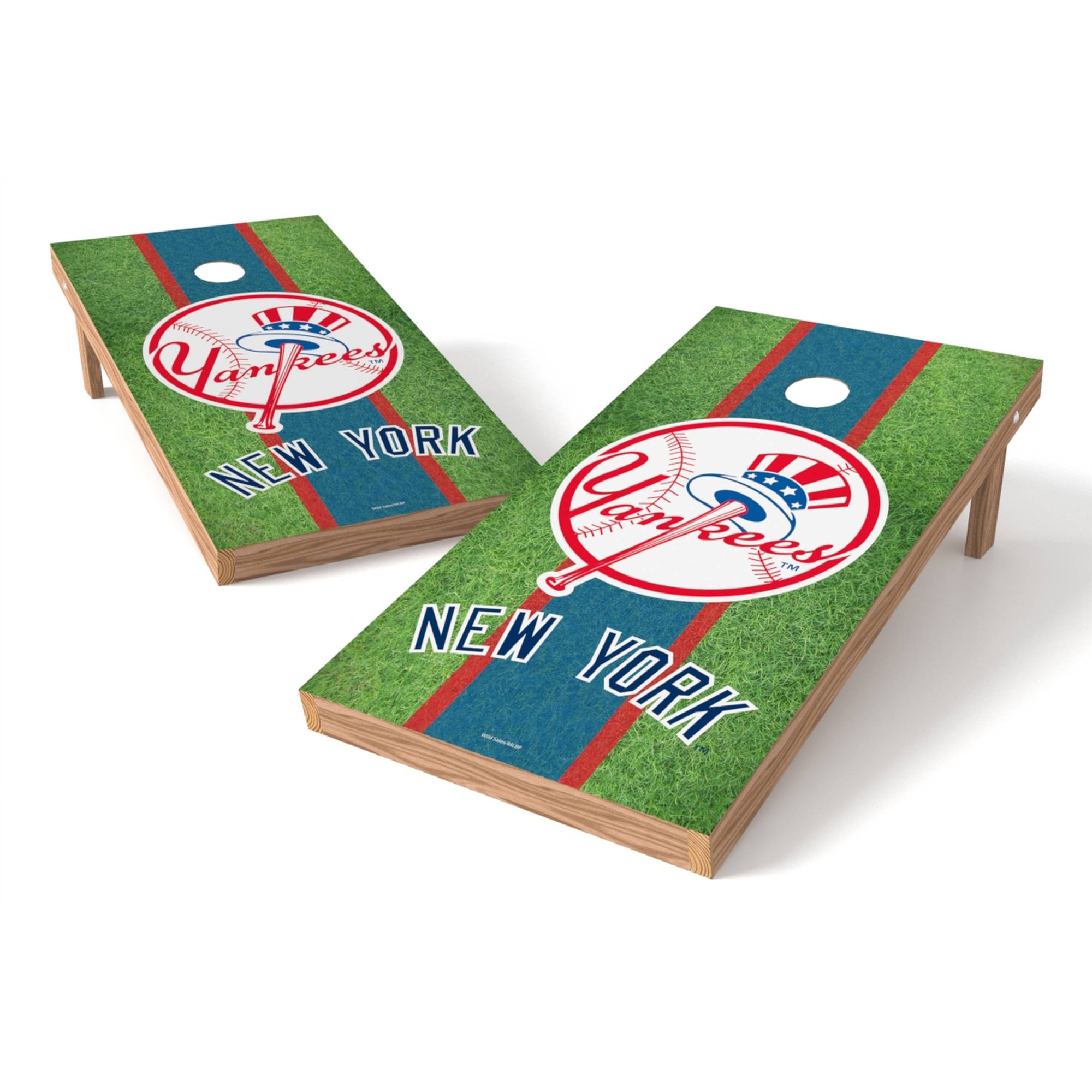 Wild Sports MLB New York Yankees Shield 2x4 Field Grass Tailgate Toss XL Game