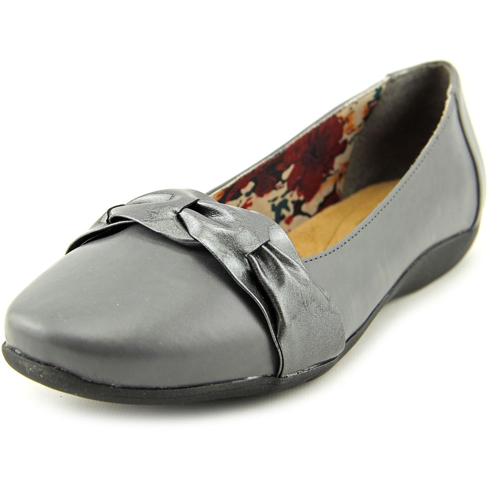 Soft Style by Hush Puppies Hava Women 2E Round Toe Synthetic  Flats