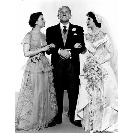 Publicity still of Elizabeth Taylor and Spencer Tracy in The Father Of The Bride Photo