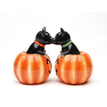 Black Cat and Halloween Pumpkins Salt and Pepper Shaker Set