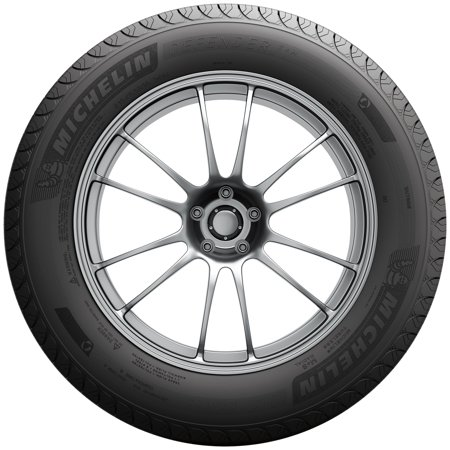 Michelin Defender T + H Highway Tire 225/65R17 102H