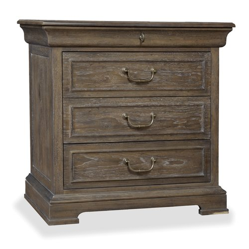 Darby Home Co Pond Brook 3 Bachelor's Chest