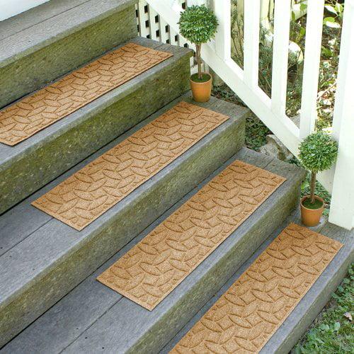 Tucker Murphy Pet Beauvais Elipse Stair Tread (Set of 4)