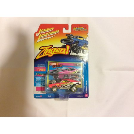 Johnny Lightning 1:64 Street Freaks Ver A 1970 Dodge Charger Way Too Hot Pink