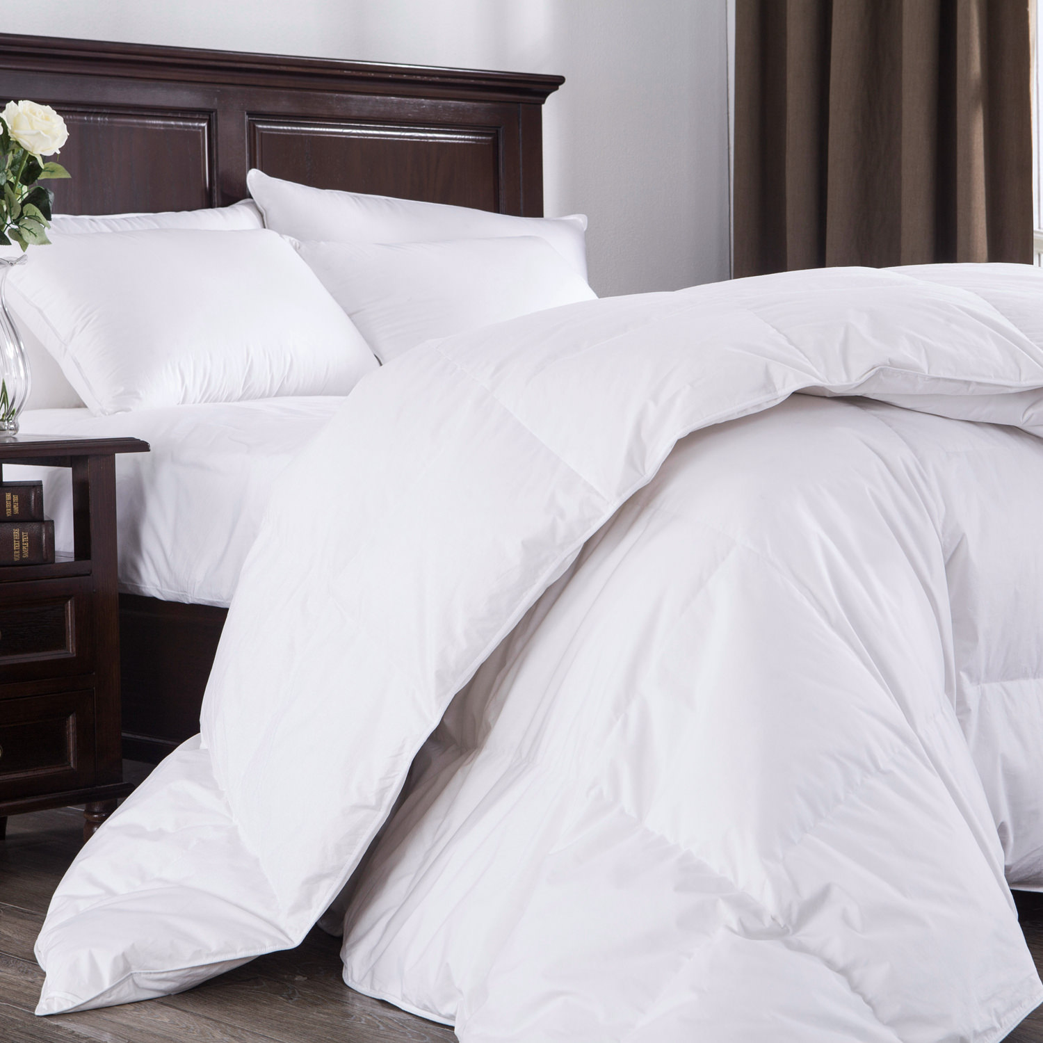 Puredown 800 Fill Power White Goose Down Comforter, 700 Thread Count, 100% Cotton Fabric, King Size, White