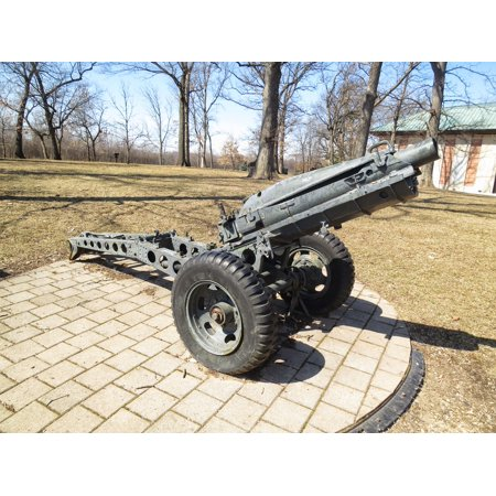 LAMINATED POSTER M1A1 75mm Pack Howitzer at the First Division Museum tank park. Poster Print 24 x - Pack Howitzer