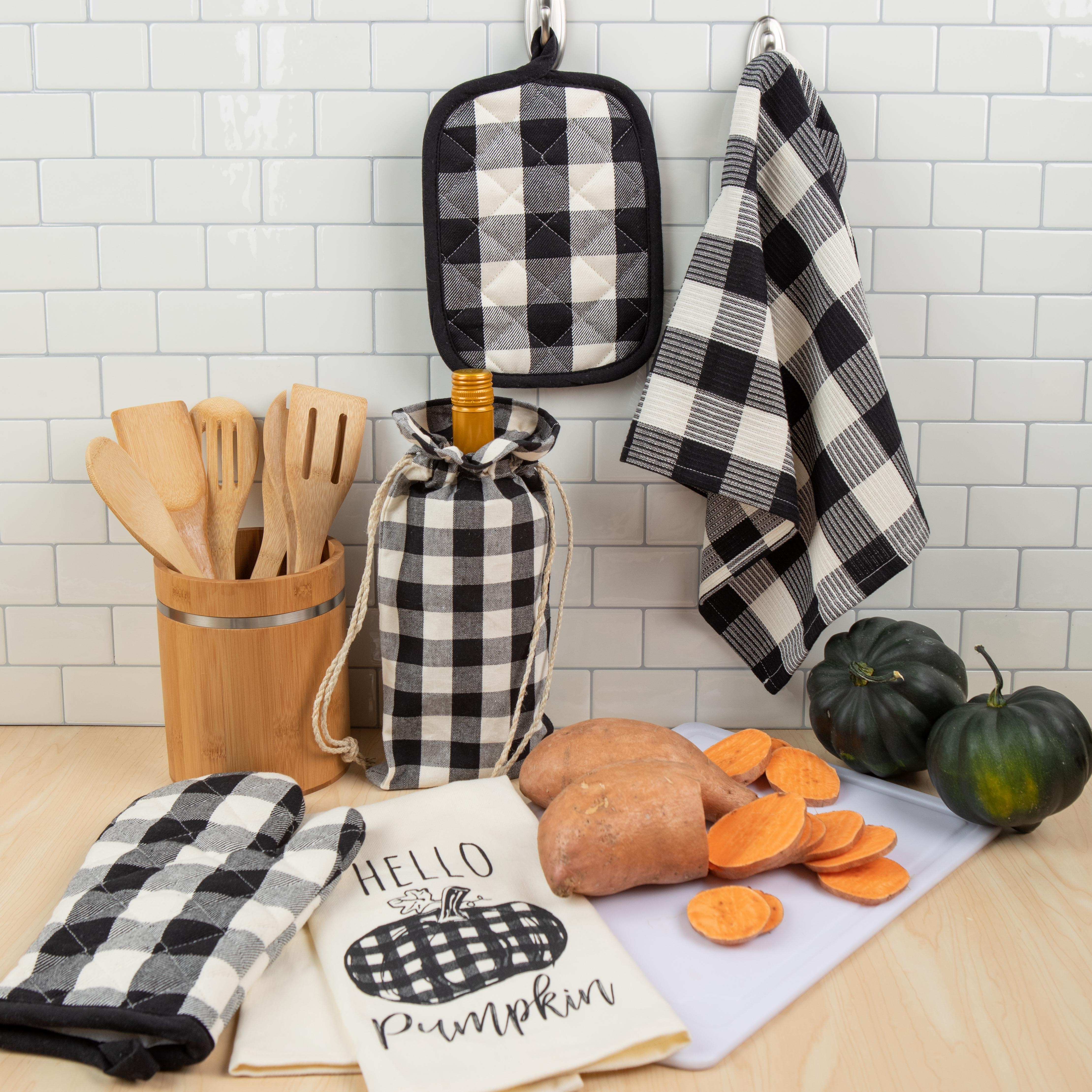 Combined Fall Kitchen Towels 5 Pieces Pot Holders and Towels Pumpkin Set Autumn Oven Mitt