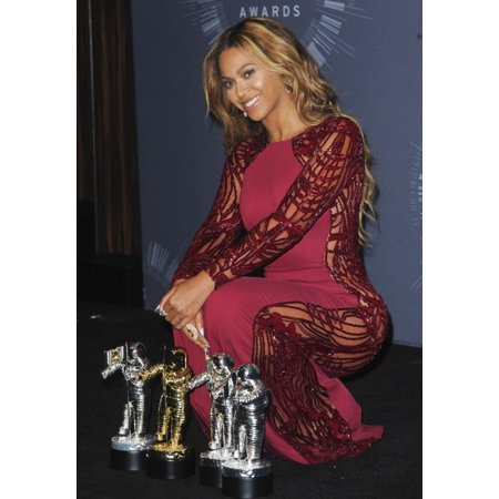 Beyonce Knowles In The Press Room For Mtv Video Music Awards 2014 - Press Room The Forum Inglewood Ca August 24 2014 Photo By Elizabeth GoodenoughEverett Collection Celebrity
