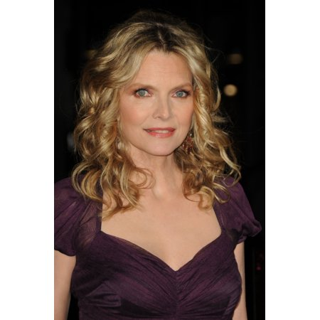 Michelle Pfeiffer At Arrivals For New YearS Eve Premiere Stretched Canvas -  (16 x - Michelle Pfeiffer Catwoman Mask