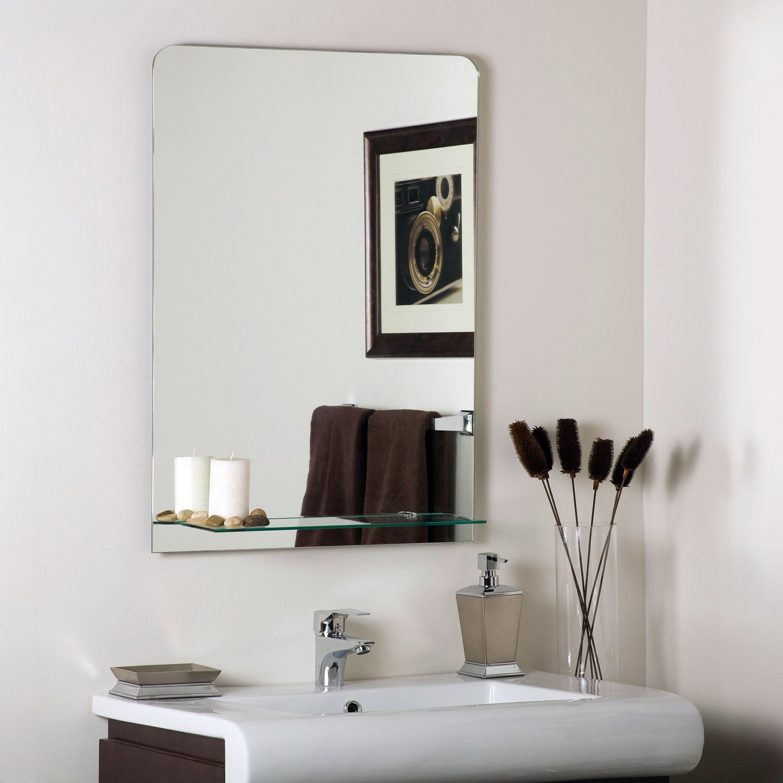 Décor Wonderland Columbus Frameless Wall Mirror 23.6W x 31.5H in. by Decor Wonderland of US