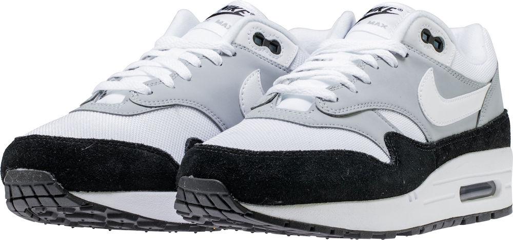 Nike Men's Air Max 1 Basketball Shoe