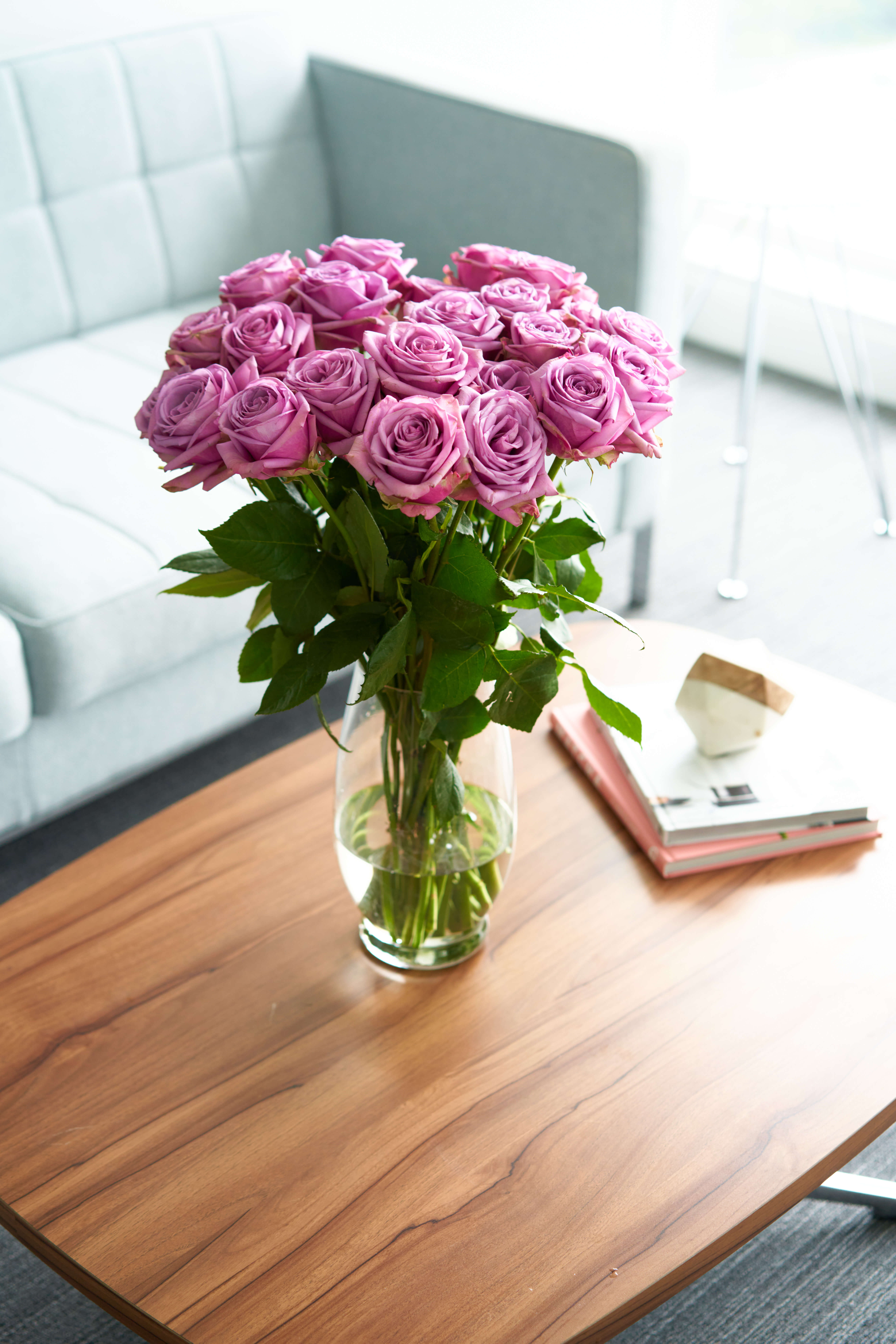 Purple Roses Flower Bouquet 48 Purple Roses Long Stem 4 Dozen Roses Beautiful Purple Roses Delivery Luxury Fresh Roses Birthday Anniversary Roses Any Occasion Walmart Com Walmart Com
