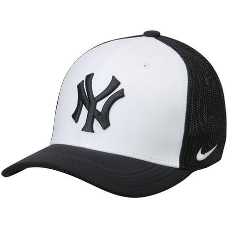 New York Yankees Nike Vapor Performance Swoosh Flex Hat -