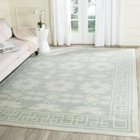 - Safavieh Bella Aliya Geometric Bordered Wool Area Rug