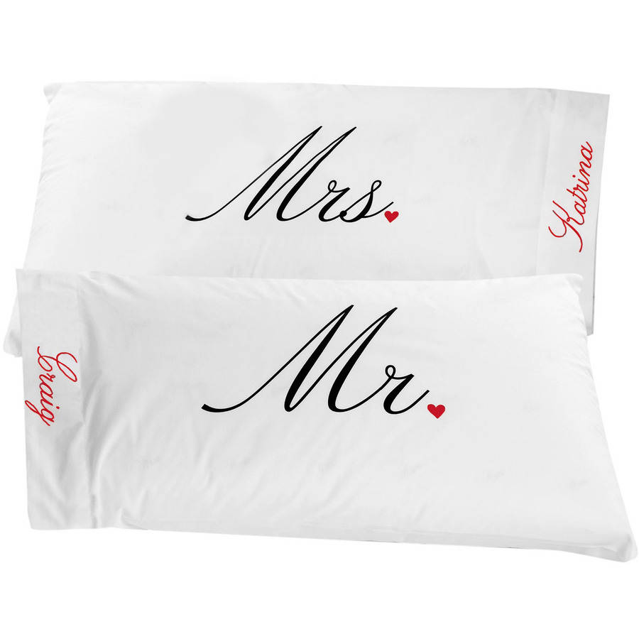 Personalized Mr. and Mrs. Pillowcase Set