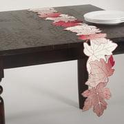 Saro Garden Doily Table Runner