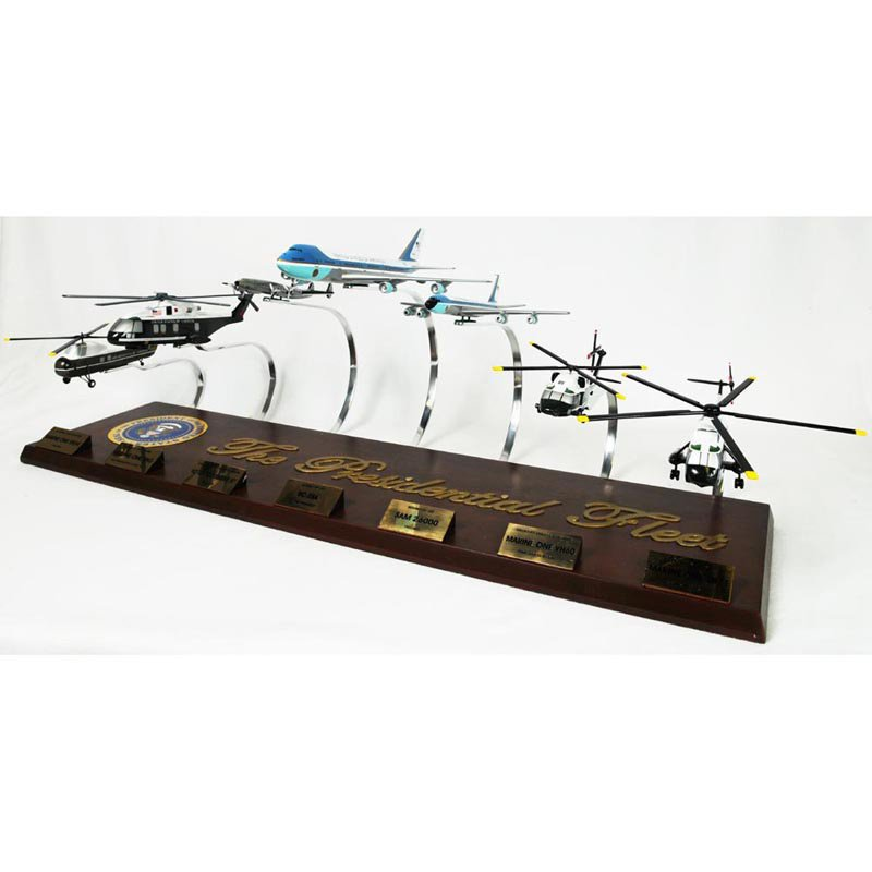 Daron Worldwide Presidential Collection Model Airplane by Toys and Models Corp