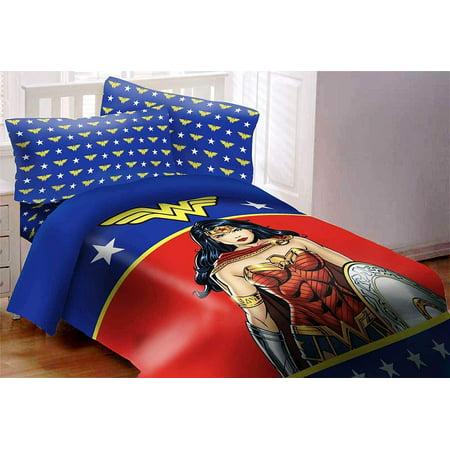 Wonder Woman 3 Piece Twin Comforter Set ()